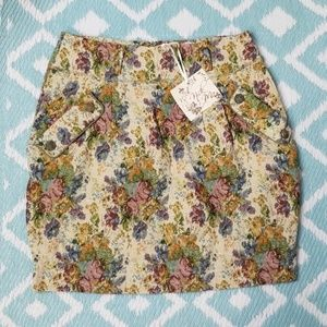 Nick & Mo sz L Tapestry Skirt Pencil Floral Cream
